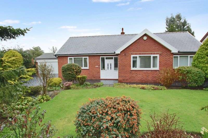 3 Bedrooms Detached Bungalow for sale in War Office Road, Bamford Rochdale OL11 5HR
