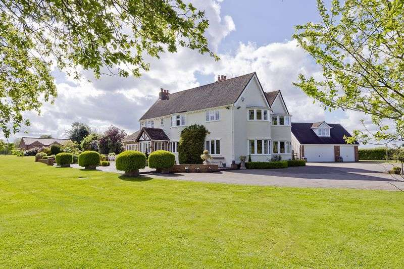 5 Bedrooms Detached House for sale in Park Corner House, Knowle