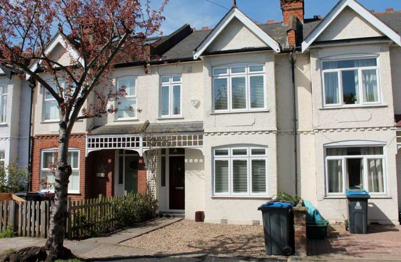 3 Bedrooms Terraced House for sale in Beverley Road, New Malden