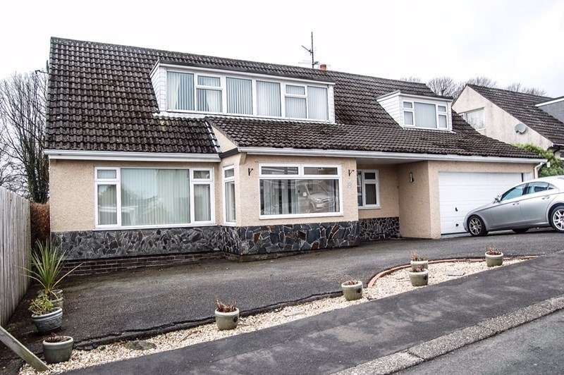4 Bedrooms Detached Bungalow for sale in Wybourn Drive, Onchan, IM3 4AA