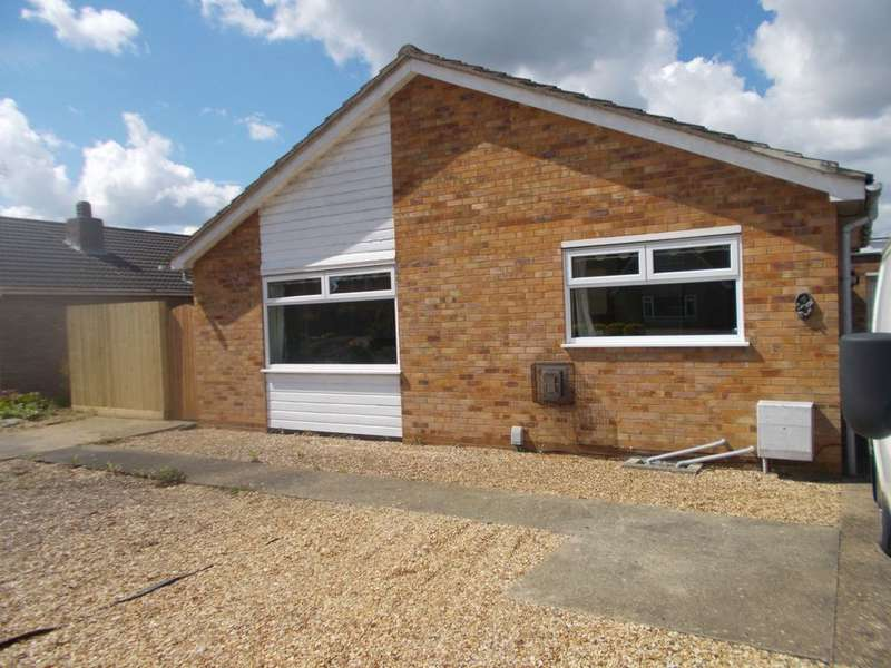 3 Bedrooms Bungalow for sale in Bellmans Grove, Whittlesey, PE7