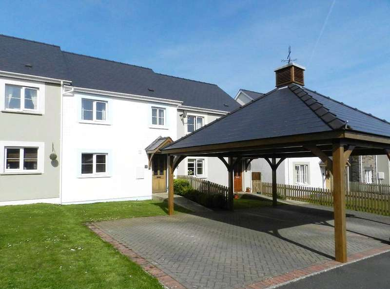 3 Bedrooms Terraced House for sale in Meurigs Croft, Hook, Haverfordwest