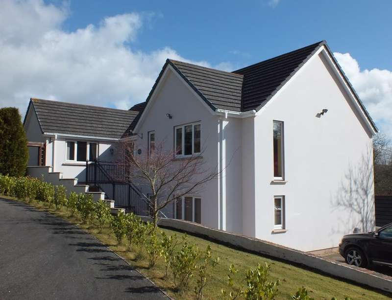4 Bedrooms Detached House for sale in Woodside Heights, Clos Yr Ysgol, Stepaside, Narberth