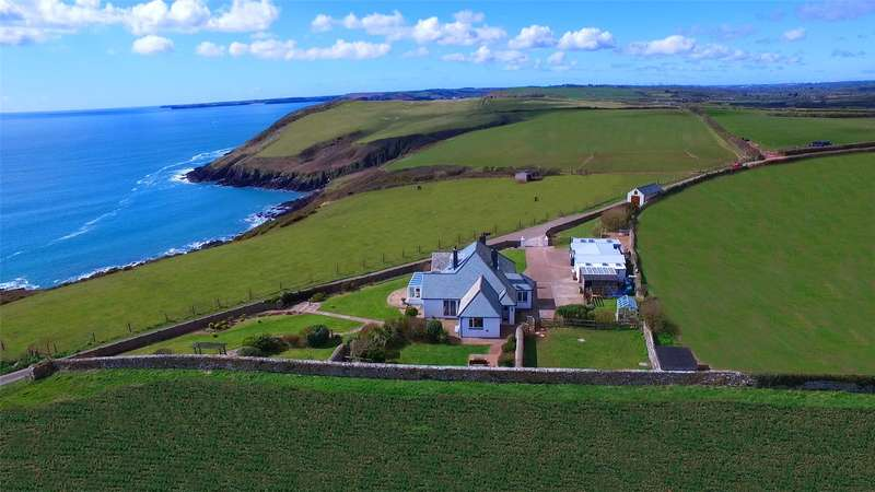 3 Bedrooms Detached Bungalow for sale in Atlantic View, Manorbier, Tenby, Pembrokeshire