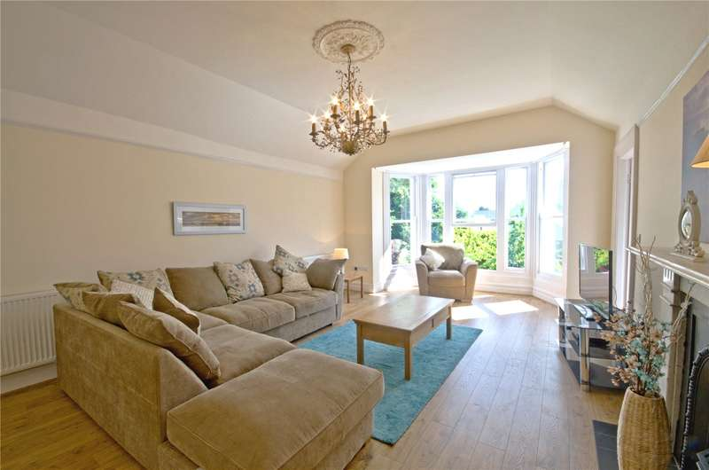 3 Bedrooms Flat for sale in Apartment 4, St. Marys House, St. Marys Hill, Heywood Lane