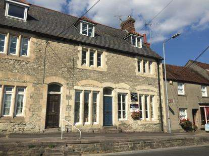 5 Bedrooms Terraced House for sale in Mere, Wiltshire