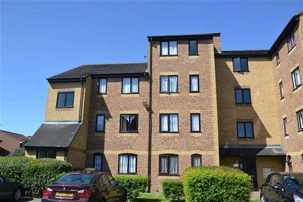 1 Bedroom Apartment Flat for sale in Burket Close, Norwood Green