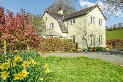 4 Bedrooms Detached House for sale in Pandy'r Capel, Corwen, Denbighshire, North Wales, LL21