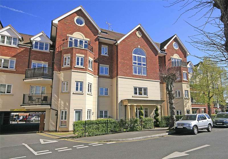 2 Bedrooms Apartment Flat for sale in Rosemount Avenue, West Byfleet, Surrey, KT14