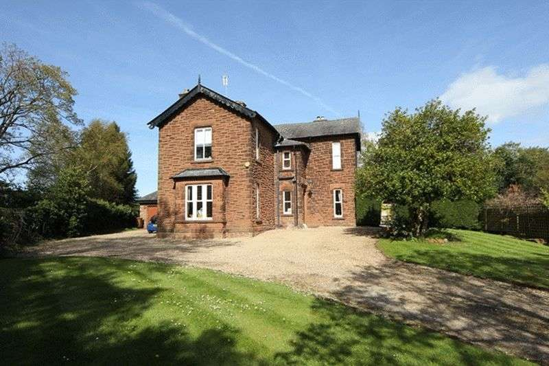 5 Bedrooms Detached House for sale in Telegraph Road, Heswall, Wirral
