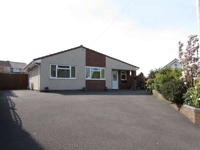 3 Bedrooms Detached Bungalow for sale in Stockwood Lane, Stockwood