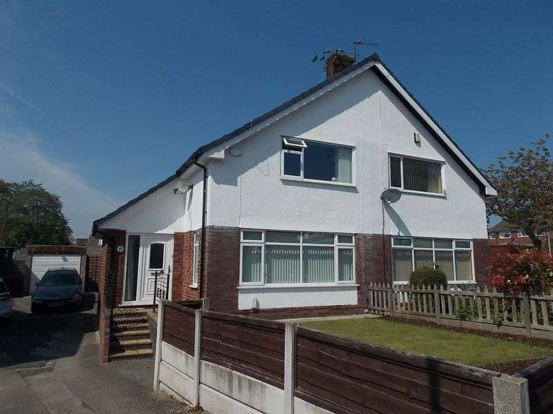3 Bedrooms Semi Detached House for sale in Gellert Road, Westhoughton, Bolton