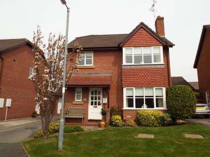 3 Bedrooms Detached House for sale in Rhodfa Mynydd, Mold, Flintshire, CH7