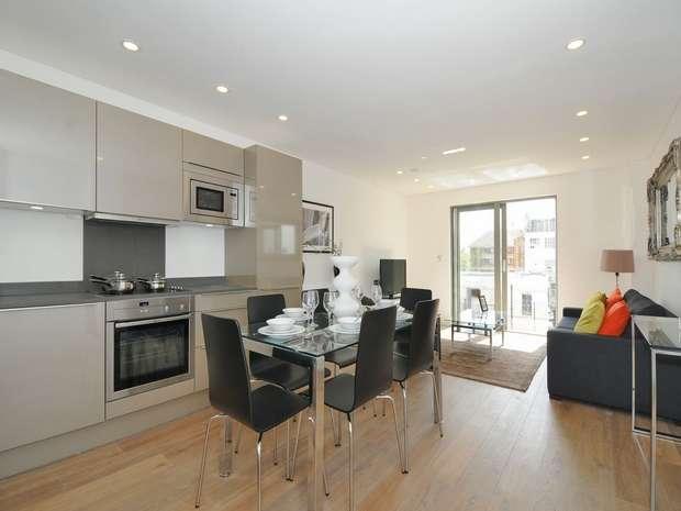 3 Bedrooms Flat for sale in Waterside Apartments, 537 Harrow Road, North Kensington, London