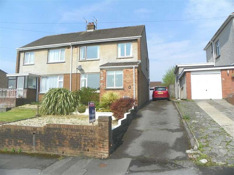 3 Bedrooms Property for sale in Denham Avenue, Stradey, Llanelli