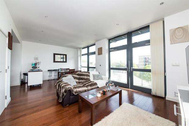 2 Bedrooms House for sale in Pentonville Road, London, N1