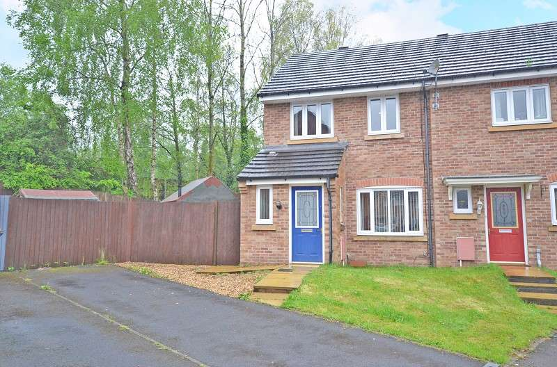 3 Bedrooms Semi Detached House for sale in Crocus Close, Rogerstone, Newport, Gwent. NP10 9LA