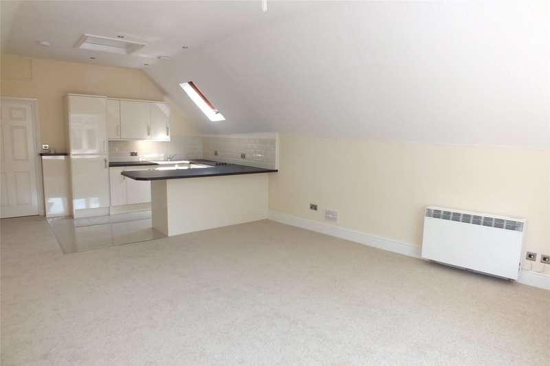 2 Bedrooms Flat for sale in Flat 4, Northcliffe House, High Street, Tenby
