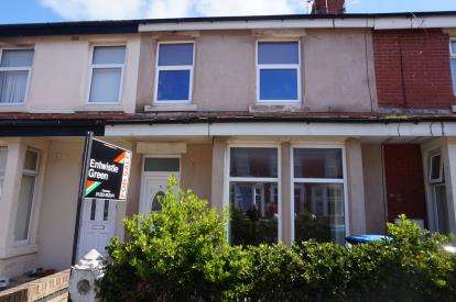 2 Bedrooms Flat for sale in Nutter Road, Thornton-Cleveleys, Lancashire, FY5