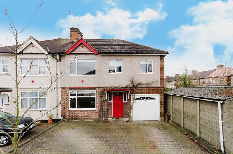 5 Bedrooms House for sale in View Close, Harrow, HA1