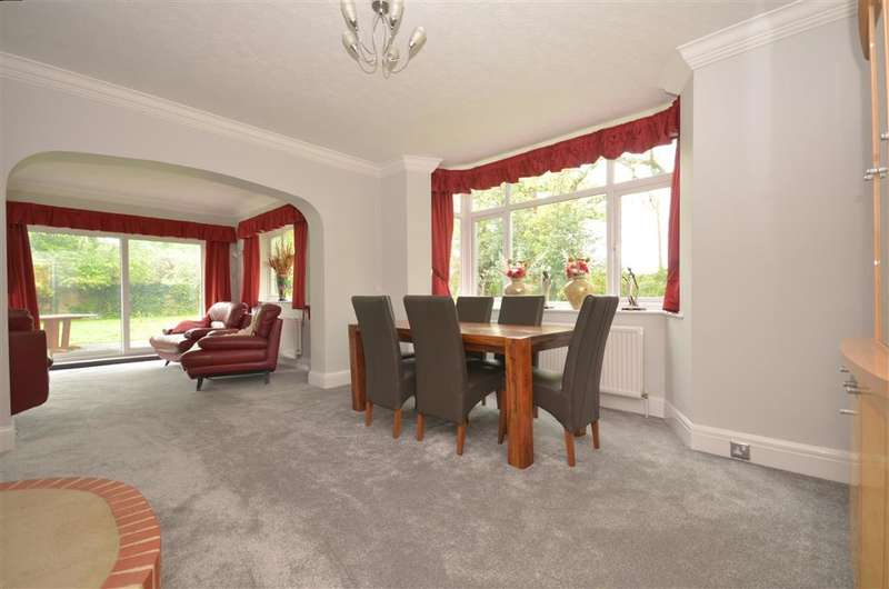 3 Bedrooms Detached House for sale in Lyminster Road, Arundel, West Sussex