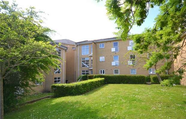 2 Bedrooms Flat for sale in Assisi Court, Harrow Road, Sudbury, Middlesex