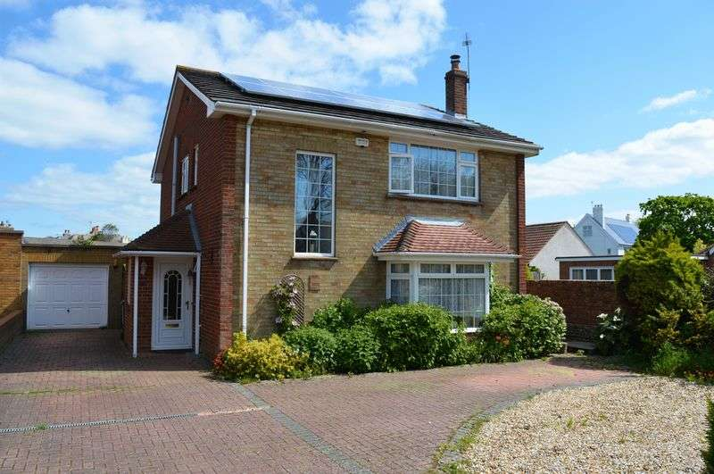 3 Bedrooms Detached House for sale in Hollow Lane, Hayling Island