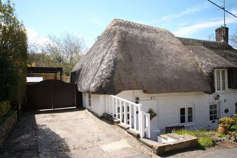 2 Bedrooms Cottage House for sale in Charminster, Dorchester, DT2