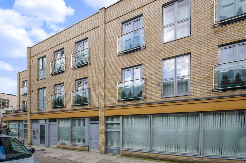 1 Bedroom Flat for sale in Murray Street, Camden Town, NW1
