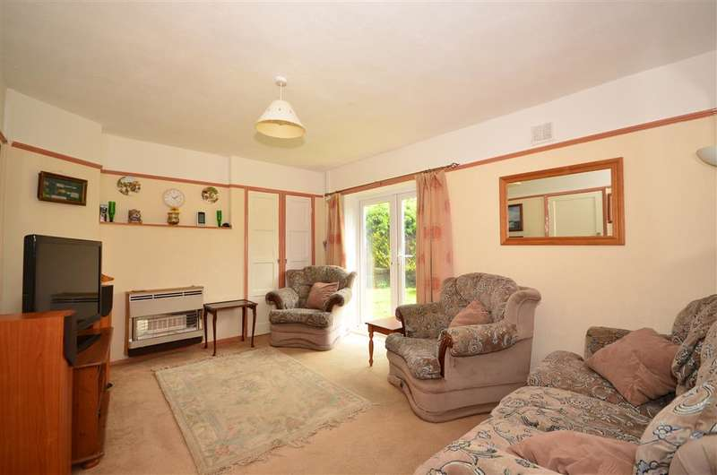 3 Bedrooms Semi Detached House for sale in Manor Lea Road, St Nicholas At Wade, Birchington, Kent