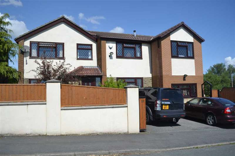 6 Bedrooms Detached House for sale in Foster Park View, Denholme, Bradford