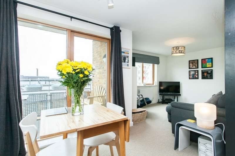 1 Bedroom Apartment Flat for sale in John Bell Tower East, Pancras Way, Bow, E3