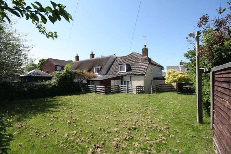 3 Bedrooms Semi Detached House for sale in Limpetshell Lane, Williton