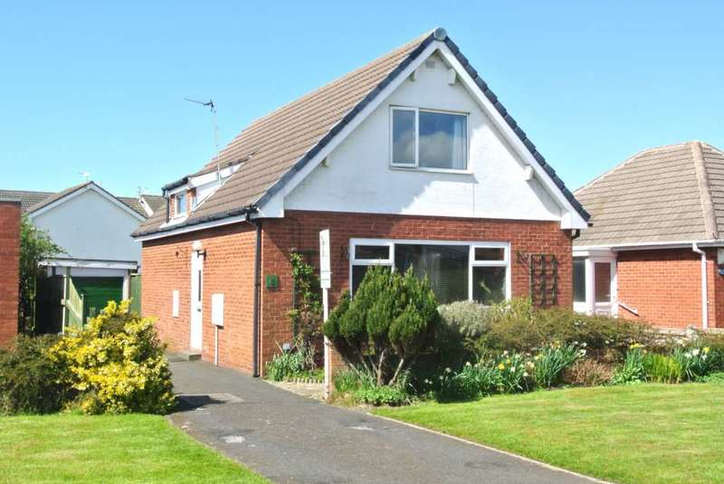 3 Bedrooms Detached House for sale in Carterville Close, Blackpool, FY4 5BD