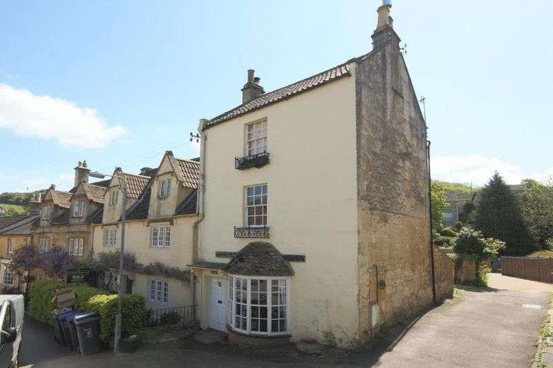 2 Bedrooms Terraced House for sale in Market Place, Box