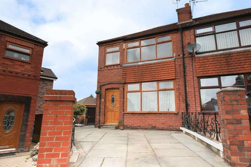 3 Bedrooms Semi Detached House for sale in Waltham Avenue, Beech Hill