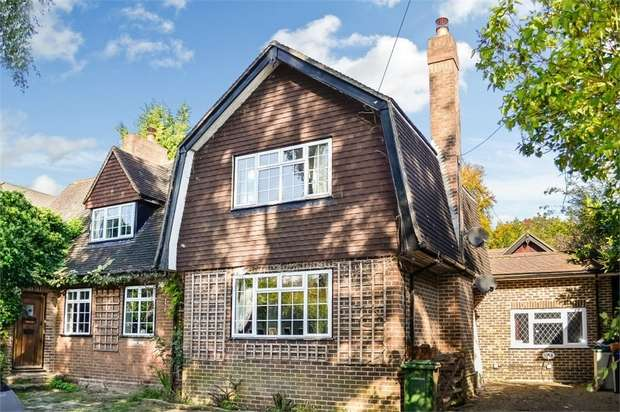 6 Bedrooms Detached House for sale in Sevenoaks Road, Pratts Bottom, Orpington, Kent