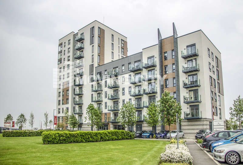 Flat for sale in Peninsula Quay, Victory Pier, Gilingham