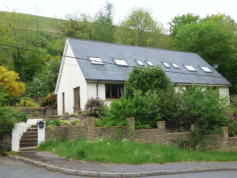 3 Bedrooms Detached Bungalow for sale in Victoria, Ebbw Vale, Blaenau Gwent