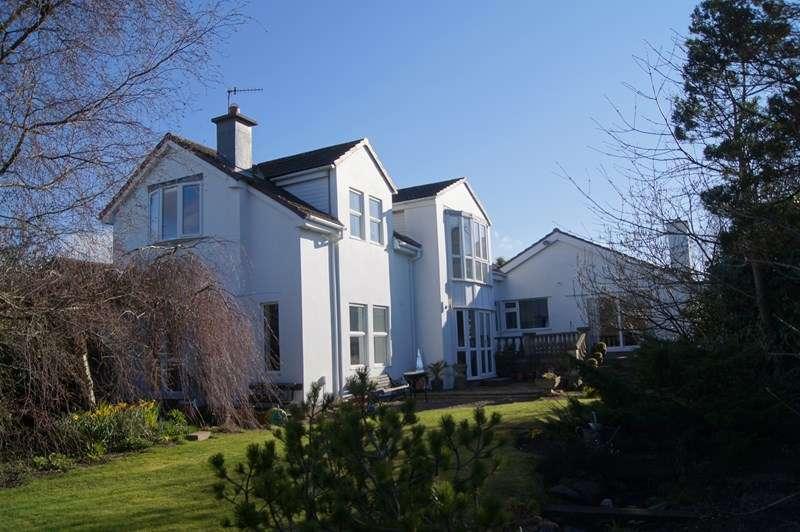 4 Bedrooms Detached House for sale in Ballagarey Road, Glen Vine, IM4 4EF
