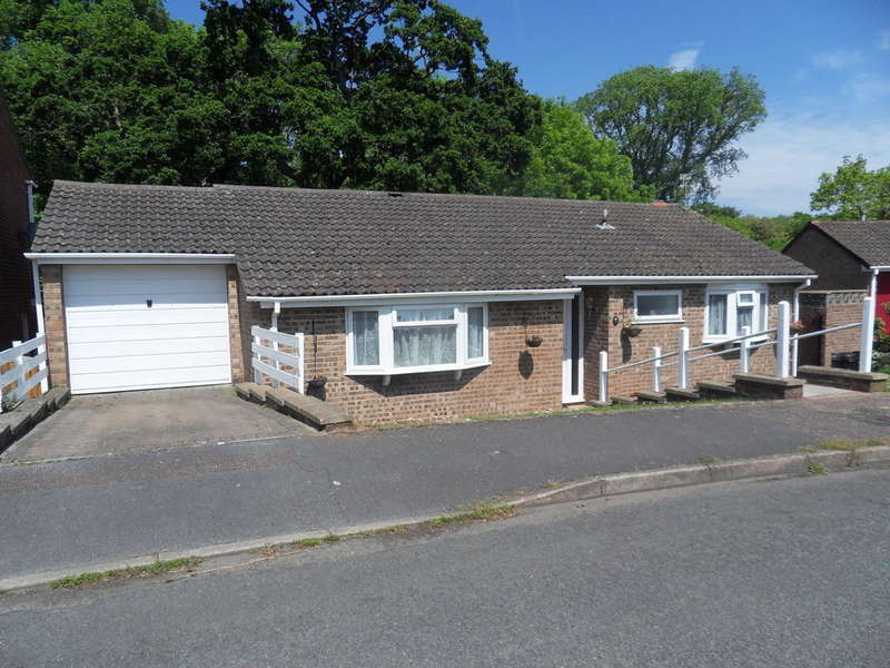 3 Bedrooms Detached Bungalow for sale in Valley Way, Exmouth