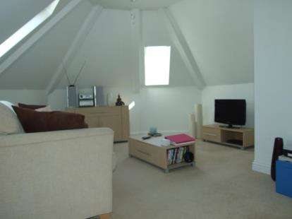 1 Bedroom Flat for sale in Camborne, Cornwall