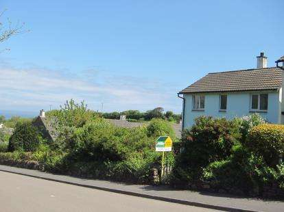 3 Bedrooms Detached House for sale in Portscatho, Truro, Cornwall