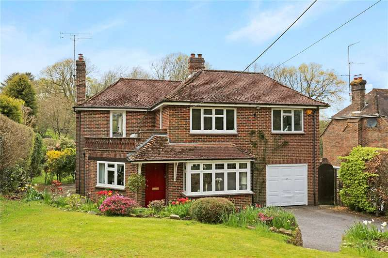 4 Bedrooms Detached House for sale in Brook Street, Cuckfield, West Sussex, RH17