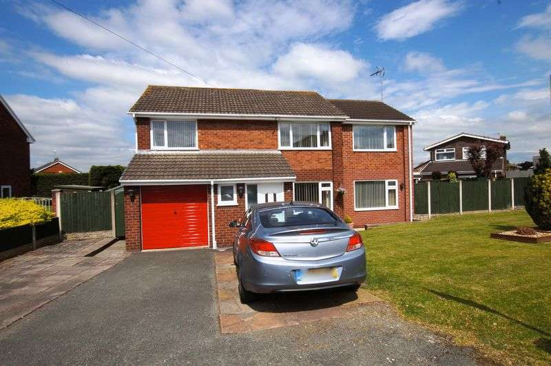 5 Bedrooms Detached House for sale in Smithy Lane, Little Acton, Wrexham