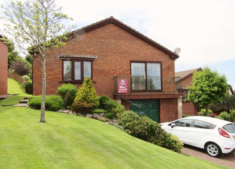 4 Bedrooms Detached Bungalow for sale in Bryn Cadno, Colwyn Bay