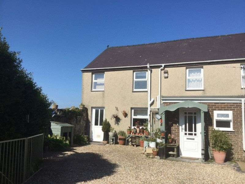 4 Bedrooms Semi Detached House for sale in Ty'n Y Weirglodd, Penygroes.