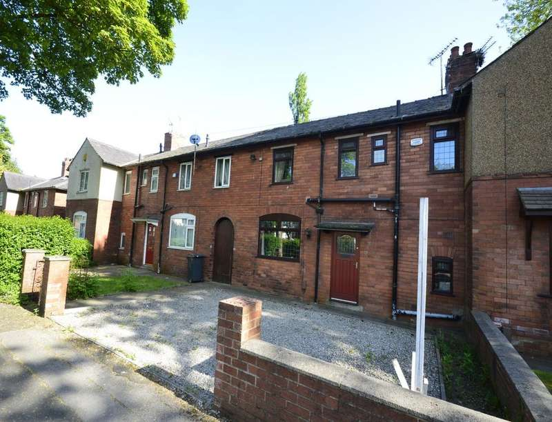 3 Bedrooms Property for sale in Central Avenue, Farnworth, Bolton, BL4