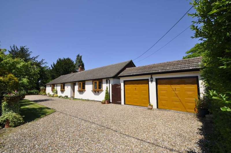 3 Bedrooms Detached Bungalow for sale in Radnage.