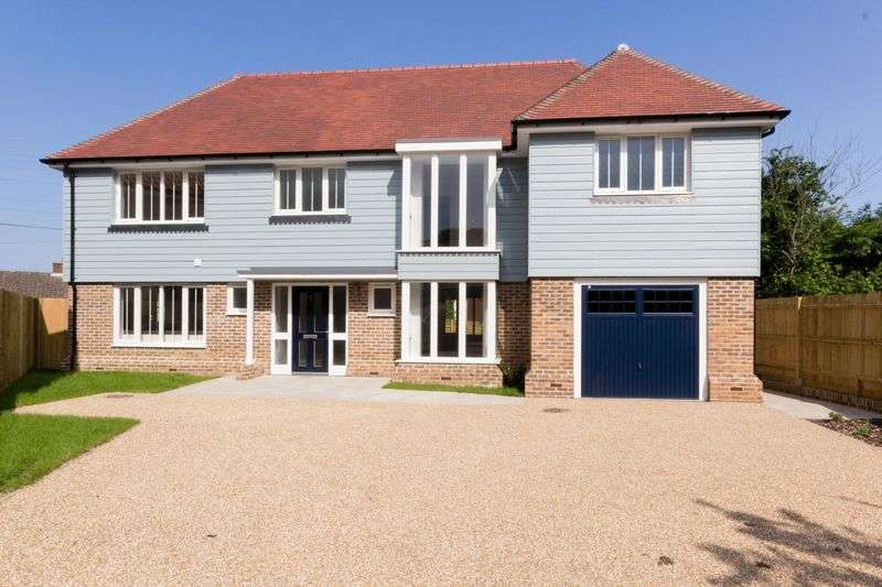 5 Bedrooms Detached House for sale in Dunkirk